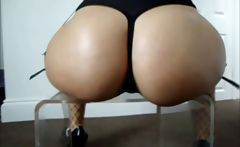 Big Ass Girl Big Booty Oiled Candid Tease
