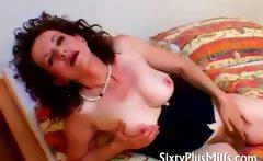 Hairy solo granny Sue Bella